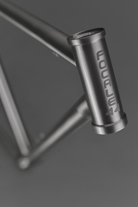 Focale-44-custom-titanium-frame-05