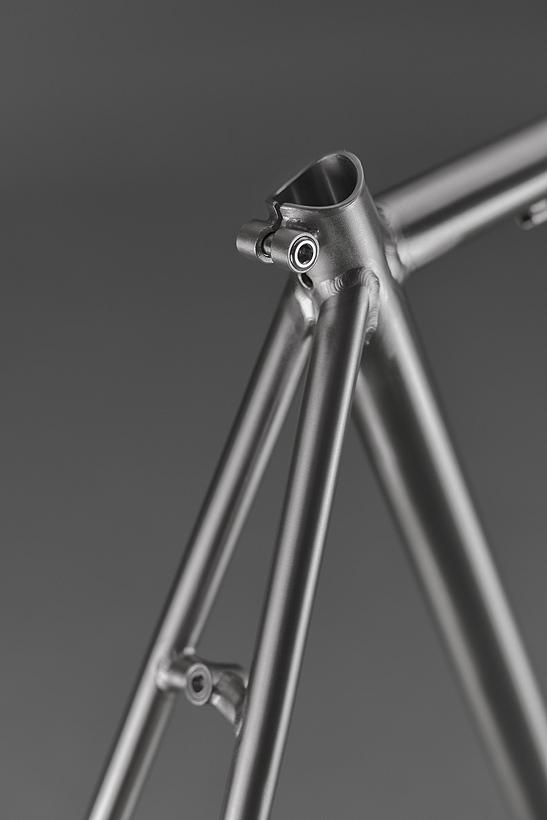 Focale-44-custom-titanium-frame-08